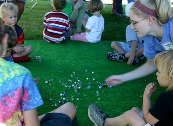 graduation party games outdoors